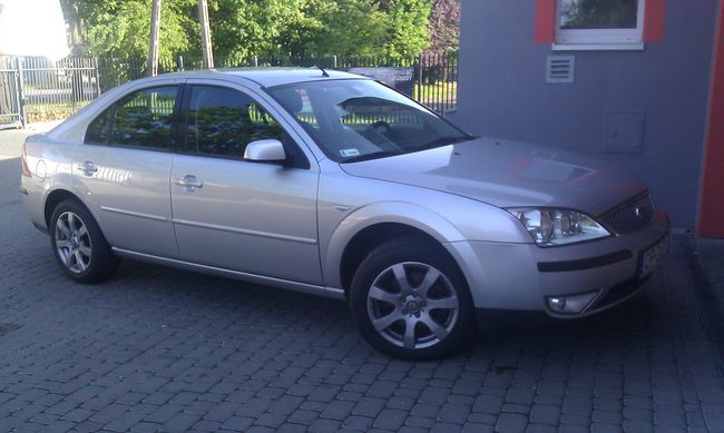 ford-mondeo_05